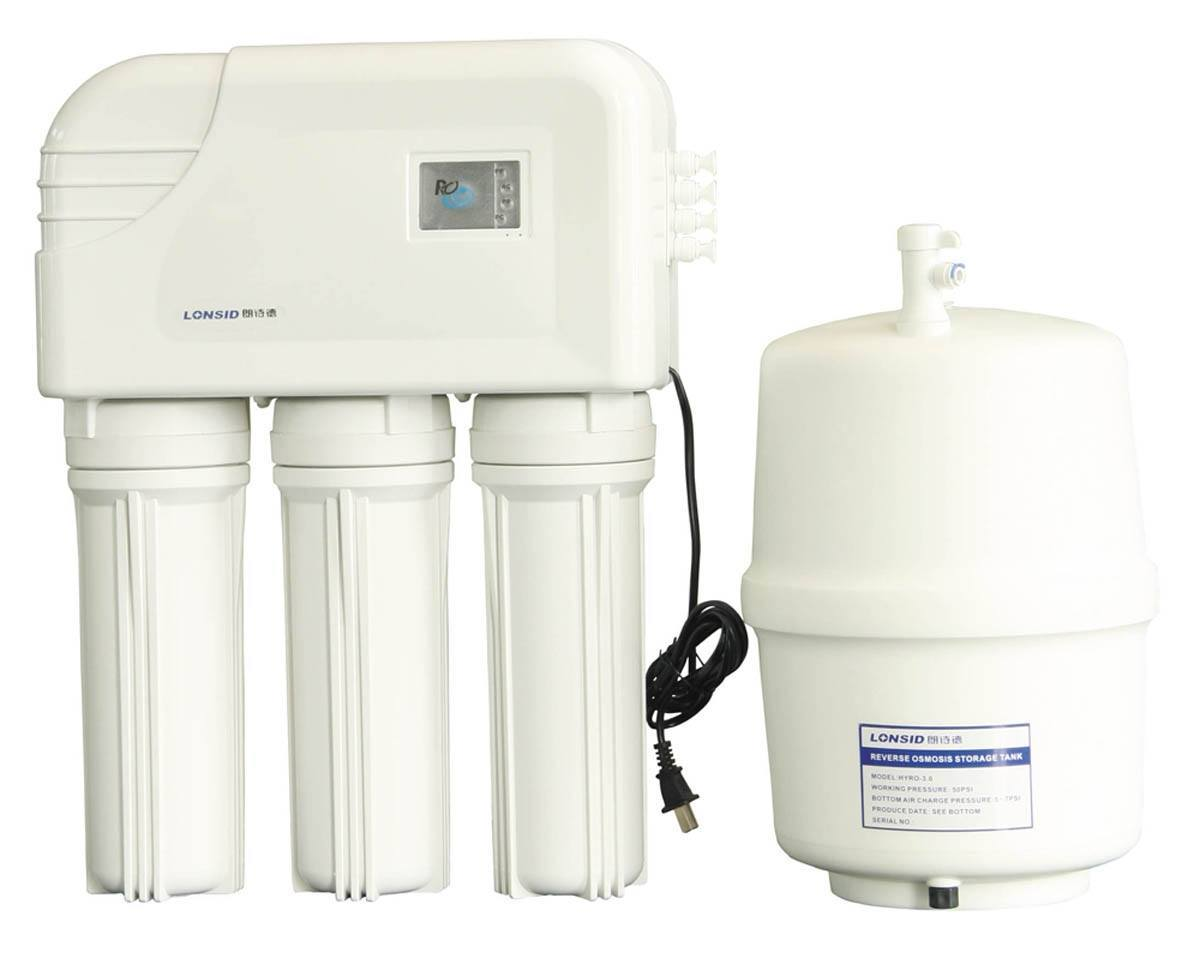 water filter with 3 filers and a